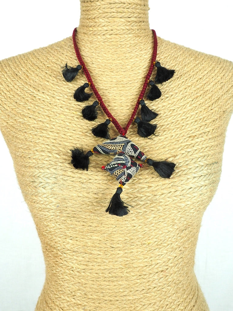 Amulet Necklace 04