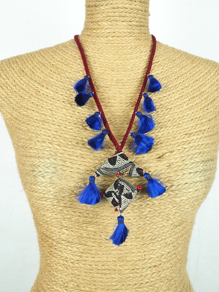 Amulet Necklace 02