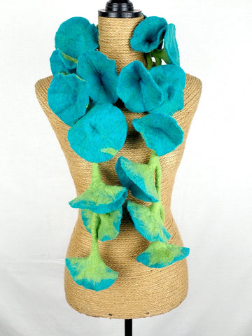 Flower Garland Turquoise