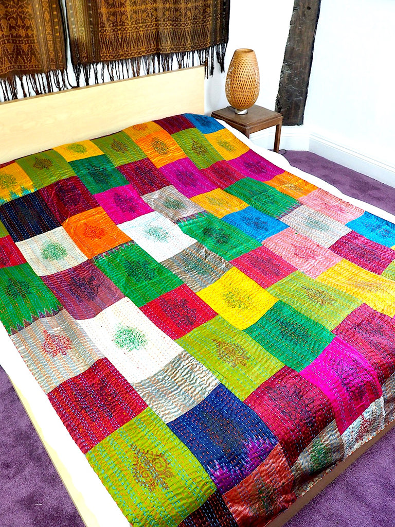 Patola Patchwork Throw 001