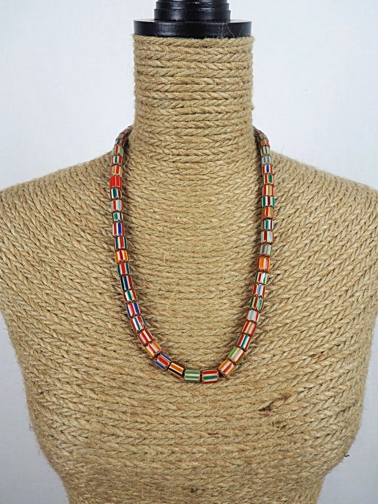 Laxmi Glass Necklace 01