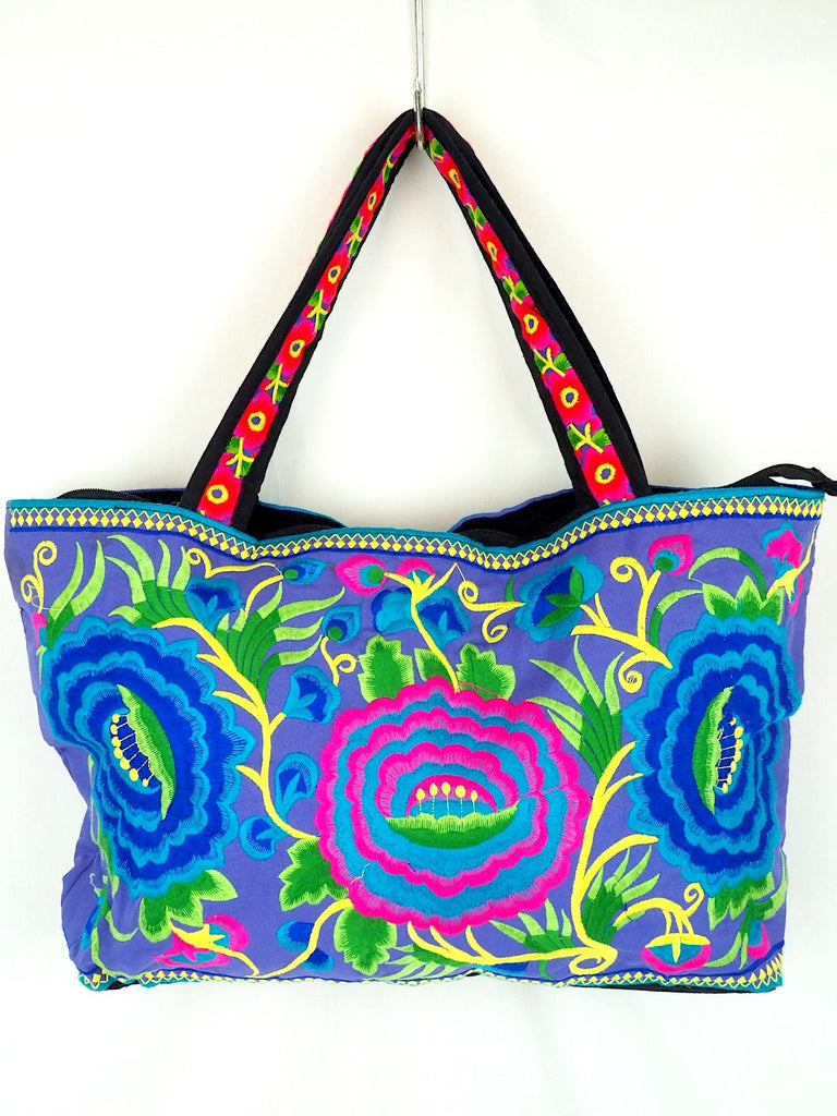 Embroidered Beach Bag 01