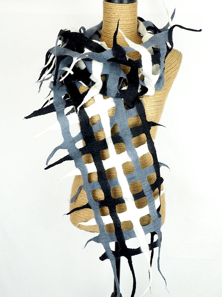 Sculptural Scarf 01