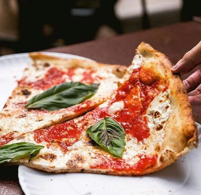 8 Slices - Coal Oven Margherita Pizza
