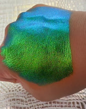 See Weed — Multi-Chrome Loose Pigment