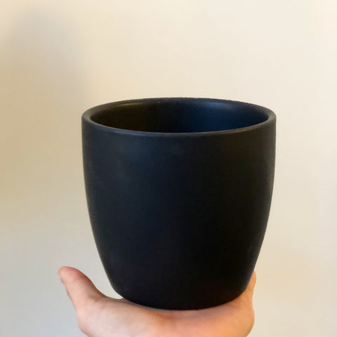 "4"" Matt Black Planter"
