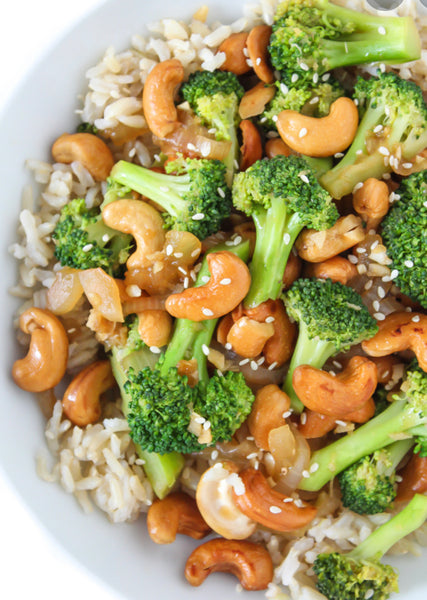 Chinese New Year Cashew Broccoli Stir-Fry