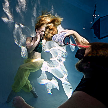 Underwater shoot using triggers, strobes, and tethering w/ Brett Stanley & Linnea