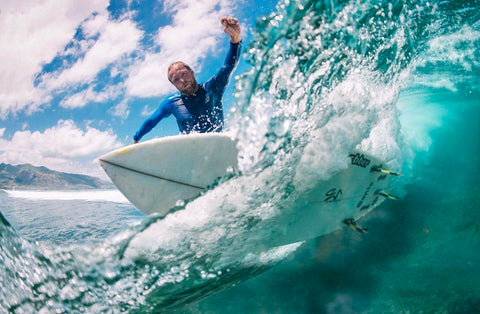 Sports photographer and Outex underwater housing ambassador Kirill Umrikhin surf photography