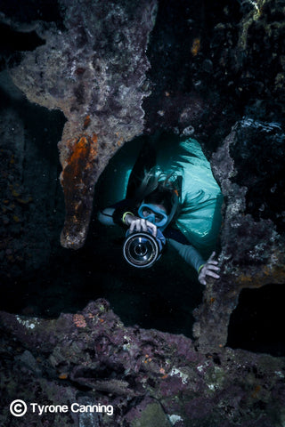Great Barrier Reef Photographer Joeva Dachelet Sells Underwater Prints at Resorts, Boutiques, and Online 7