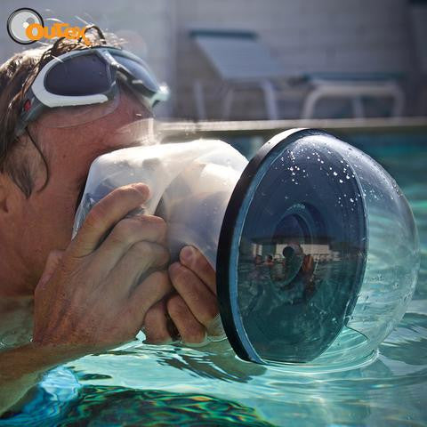 Marc Weiler using the Outex optical glass dome for water photography