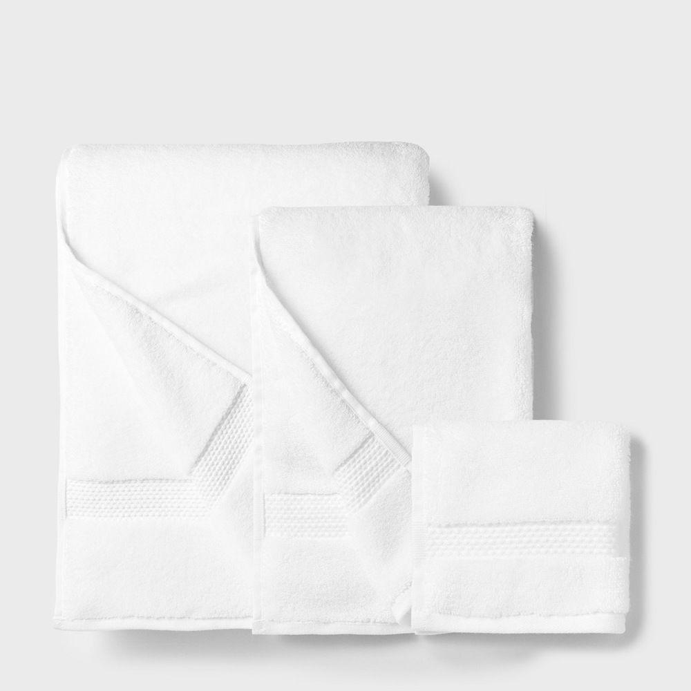 folded bath towel, folded washcloth, folded hand towel