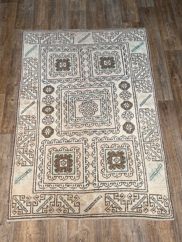 "2'10"" x 3'2"" Mid-Century Turkish Kars"