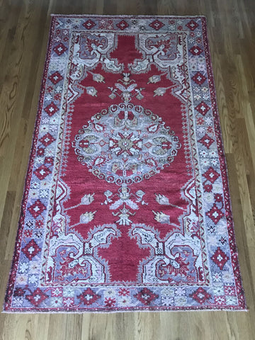 """Alan"" 3'4""x5'2"" Vintage Turkish Oushak"