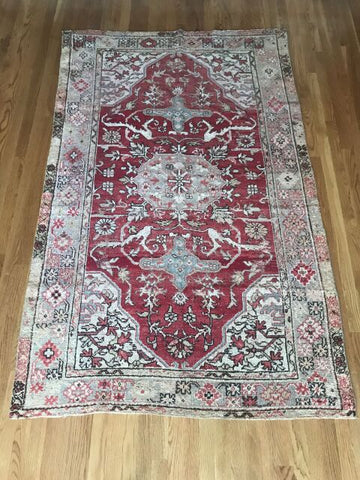 """Leon"" 4'1""x6'2"" Vintage Turkish Rug"