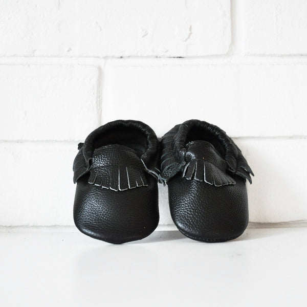 BLACK LEATHER MOCCASINS