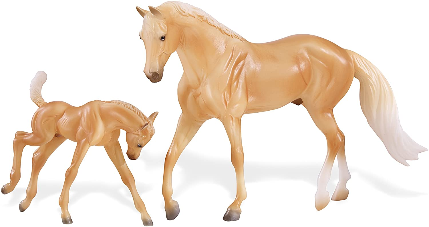 Breyer Palomino Quarter Horse and Foal