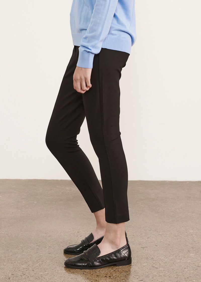 STRETCH SLIM CROP PANT | PATRICK ASSARAF | Luxury Fashion.