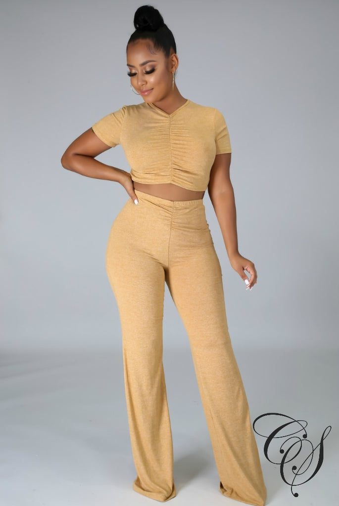 Sandy Crop Top and Straight-Leg Pant Set
