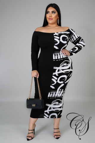 Ava Monochrome Abstract Maxi Dress