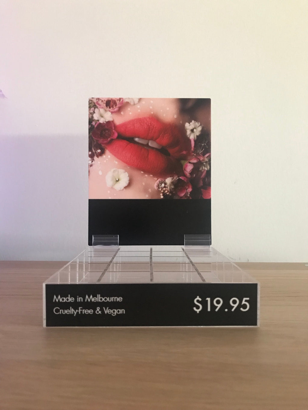 FREE 'Red Lips' Floral Display Stand (holds 16 x saleable and 4 x testers) Limit 1 x per order