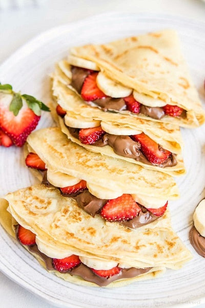 Homemade Crepes with Nutella