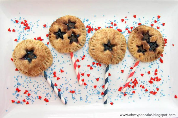 Patriotic Pie Ideas - Independence Day Berry Pie Pops