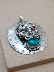 Metal Dragon Stone Pendant