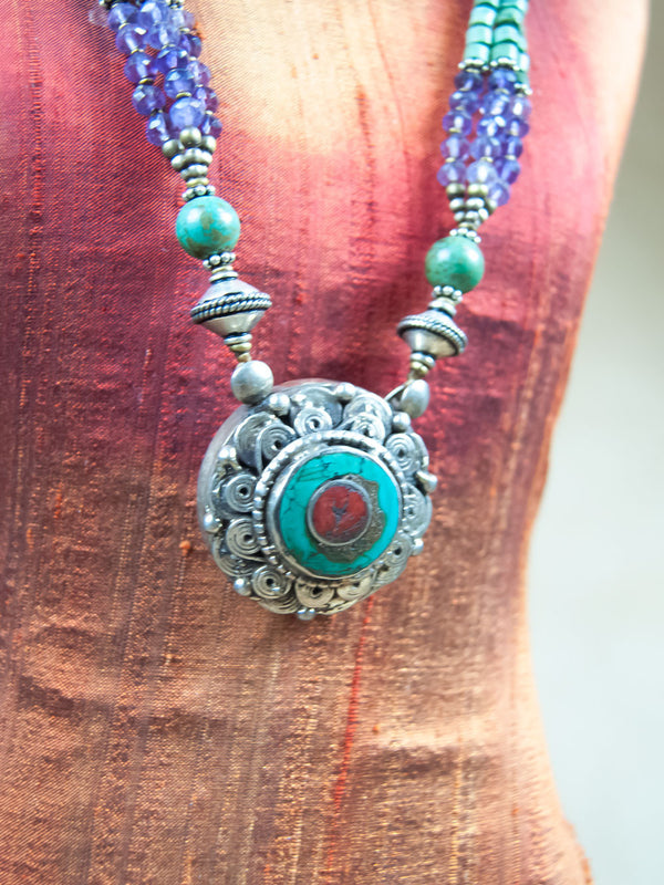 Necklace - Circle Turquoise And Red Coral Silver Necklace