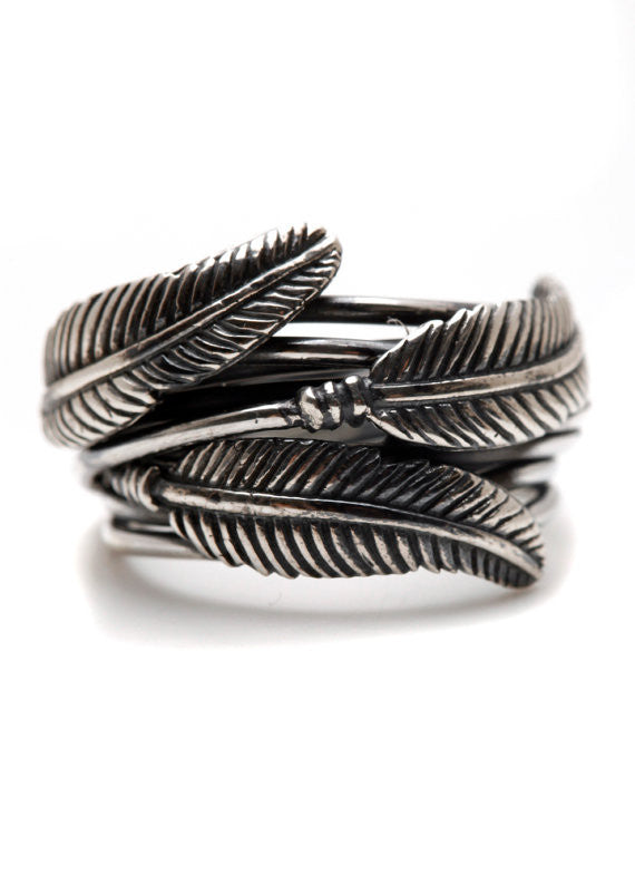 Feathers Ring Silver