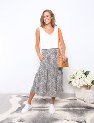 LOOK MY WAY SKIRT |  ANIMAL PRINT