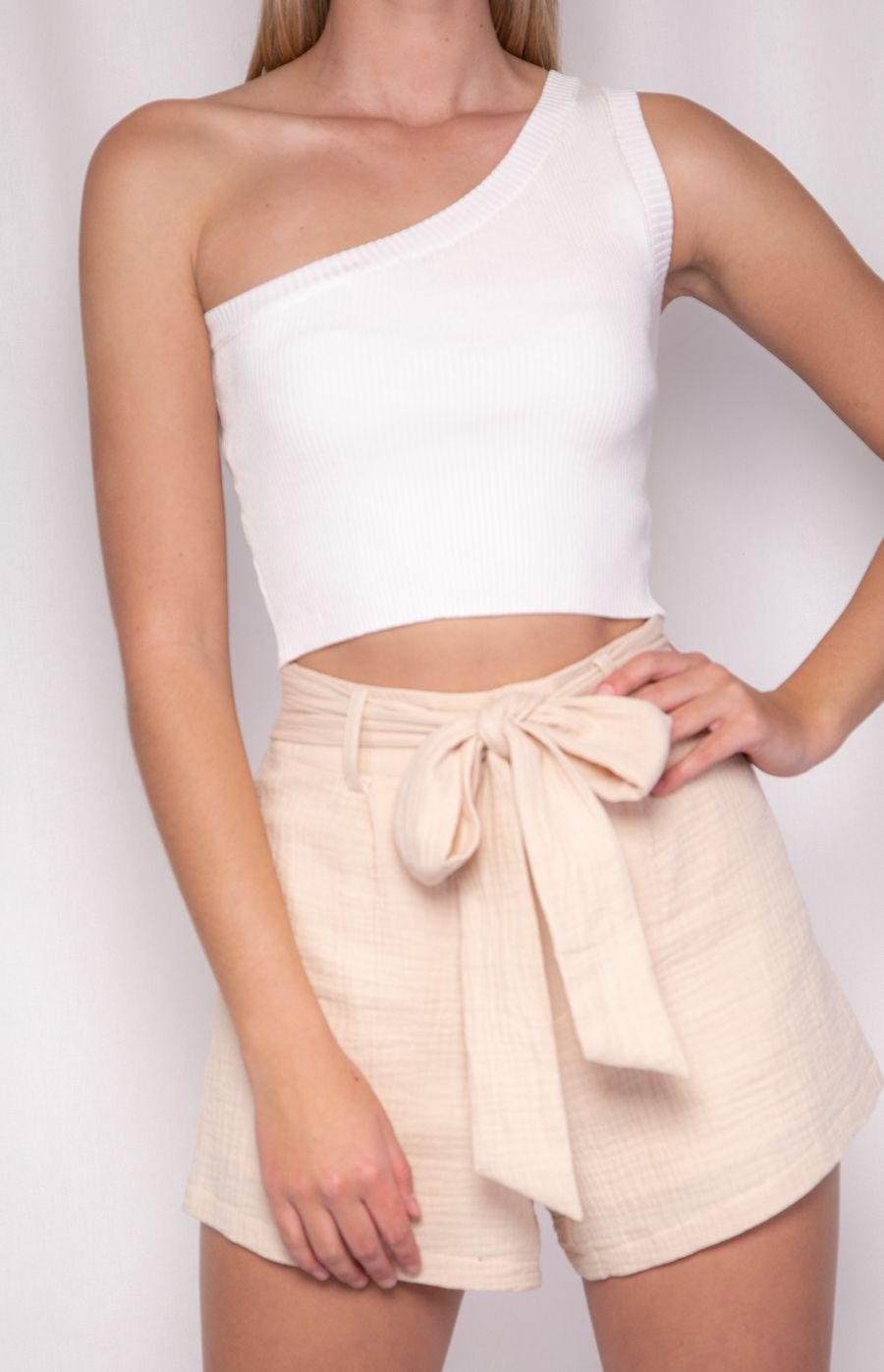 ISLA ONE SHOULDER CROP KNIT | WHITE