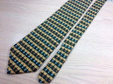 BRITCHES Great Outdoors Silk Tie - Green with Striped Pineapple Design 36