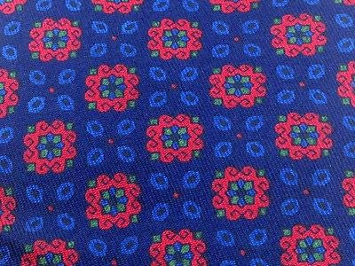 Designer Tie Burberrys Red & Blue Flower Leaves on Navy Blue Silk Men Necktie 32