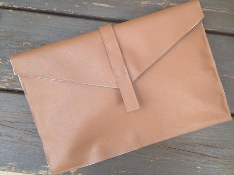 Shaked Clutch Bag