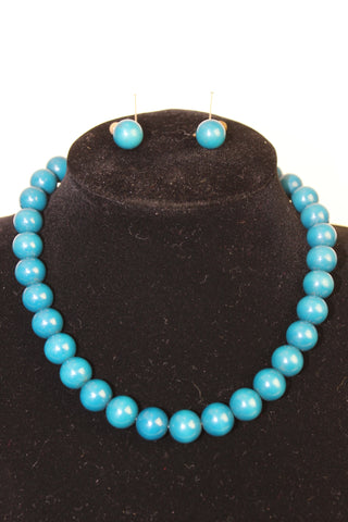 1960's Blue Bead Necklace