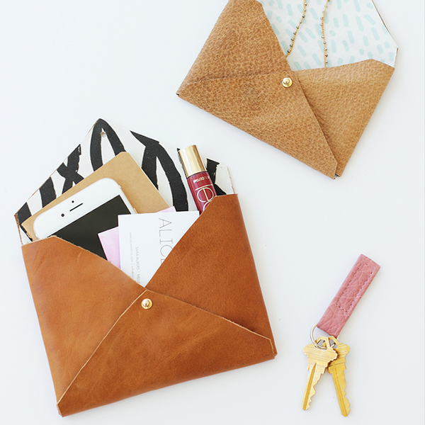 DIY ENVELOPE COIN PURSE // THE LEATHER SHED BLOG