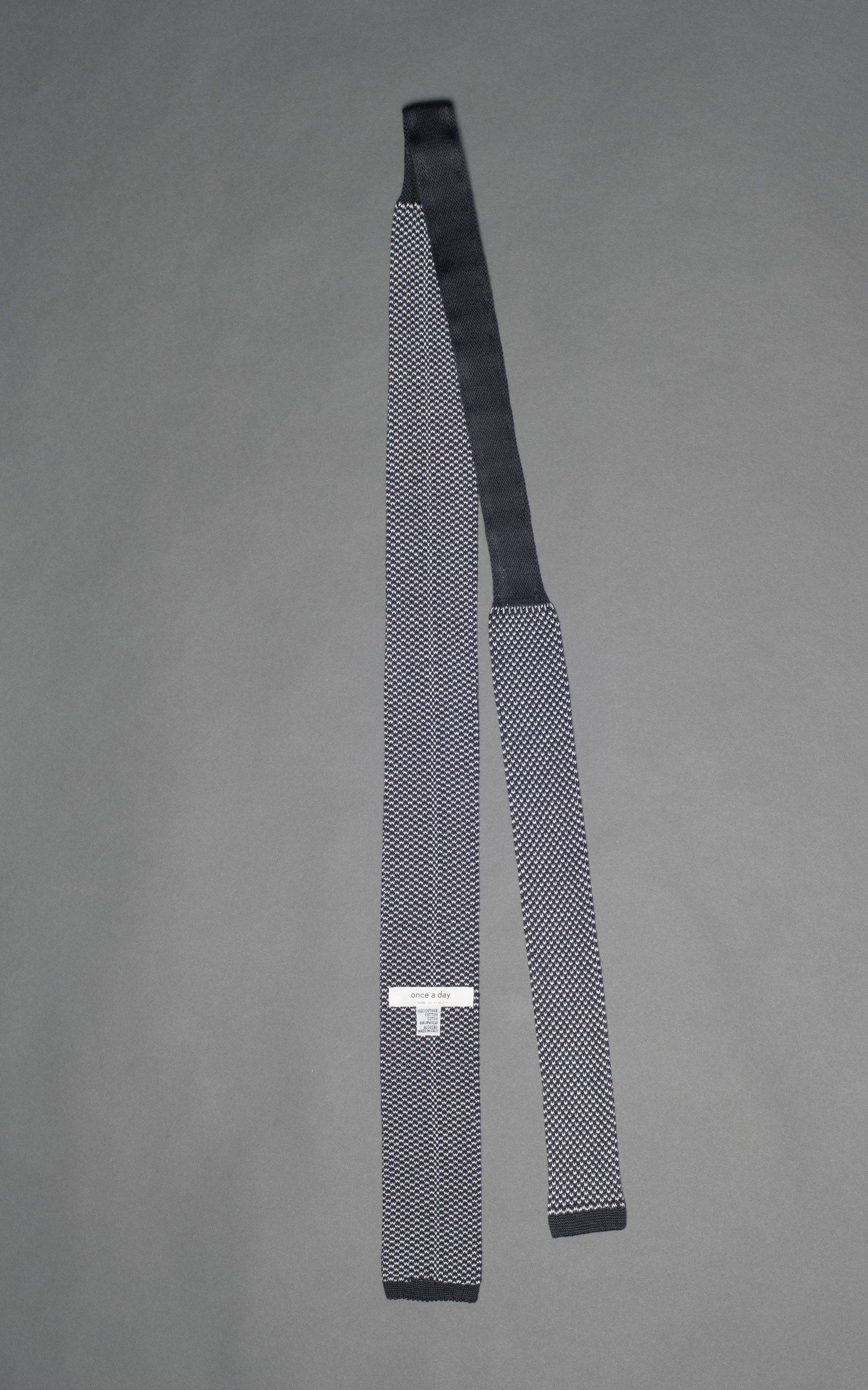 Gray Noise Knitted Cotton Tie