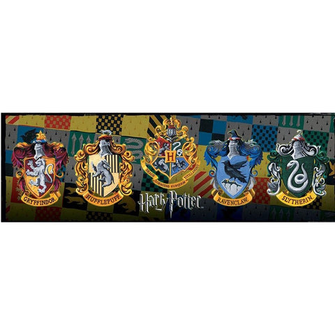 Harry Potter Crests Slim - Calendar Club of Canada
