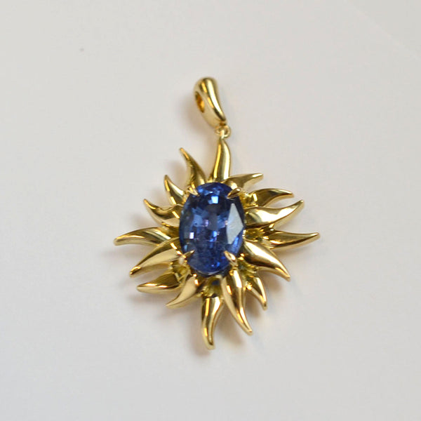 RADIANT PENDANT with SAPPHIRE