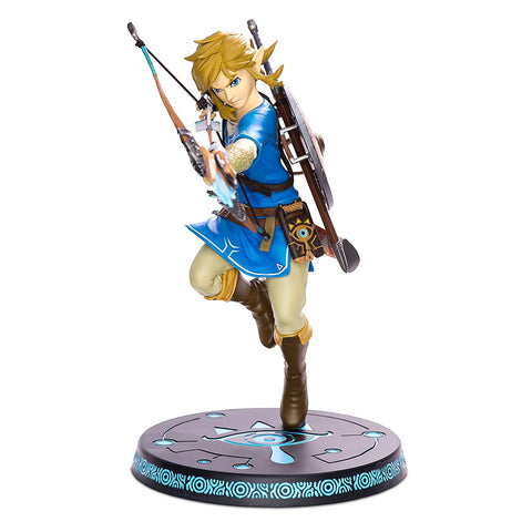 Zelda Linkfigure Breath of the Wild Statue with Base Diorama