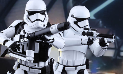 Star Wars The Force Awakens First Order Stormtroopers Sixth Scale Figure Set by Hot Toys