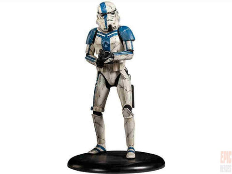 Star Wars Stormtrooper Commander 1:4 Premium Format Figure