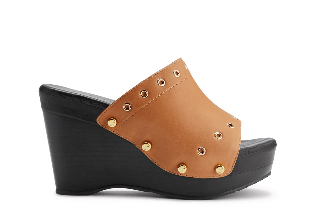 The Renee Grommet Saddle Upper