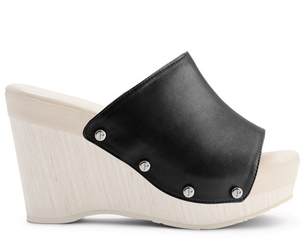 The Renee Black Upper