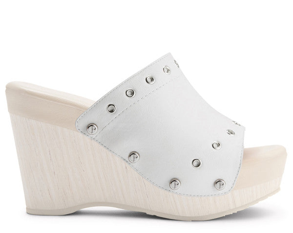 The Renee Grommet White Upper