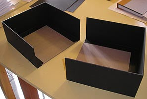 Production of Clam Shell Boxes by Transient Books