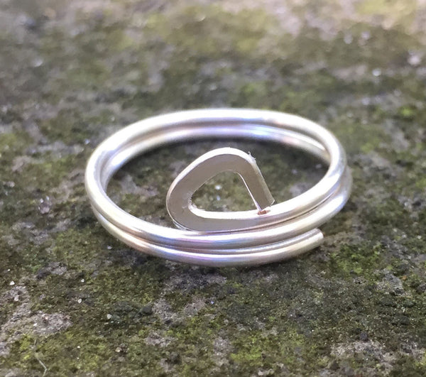 Double Banded Triangle Ring