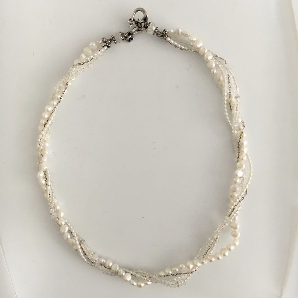Necklace -  Elegant Pearl Necklace