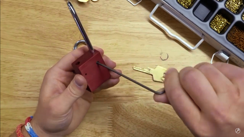 replacing the shackle on the Lock Voy padlocks